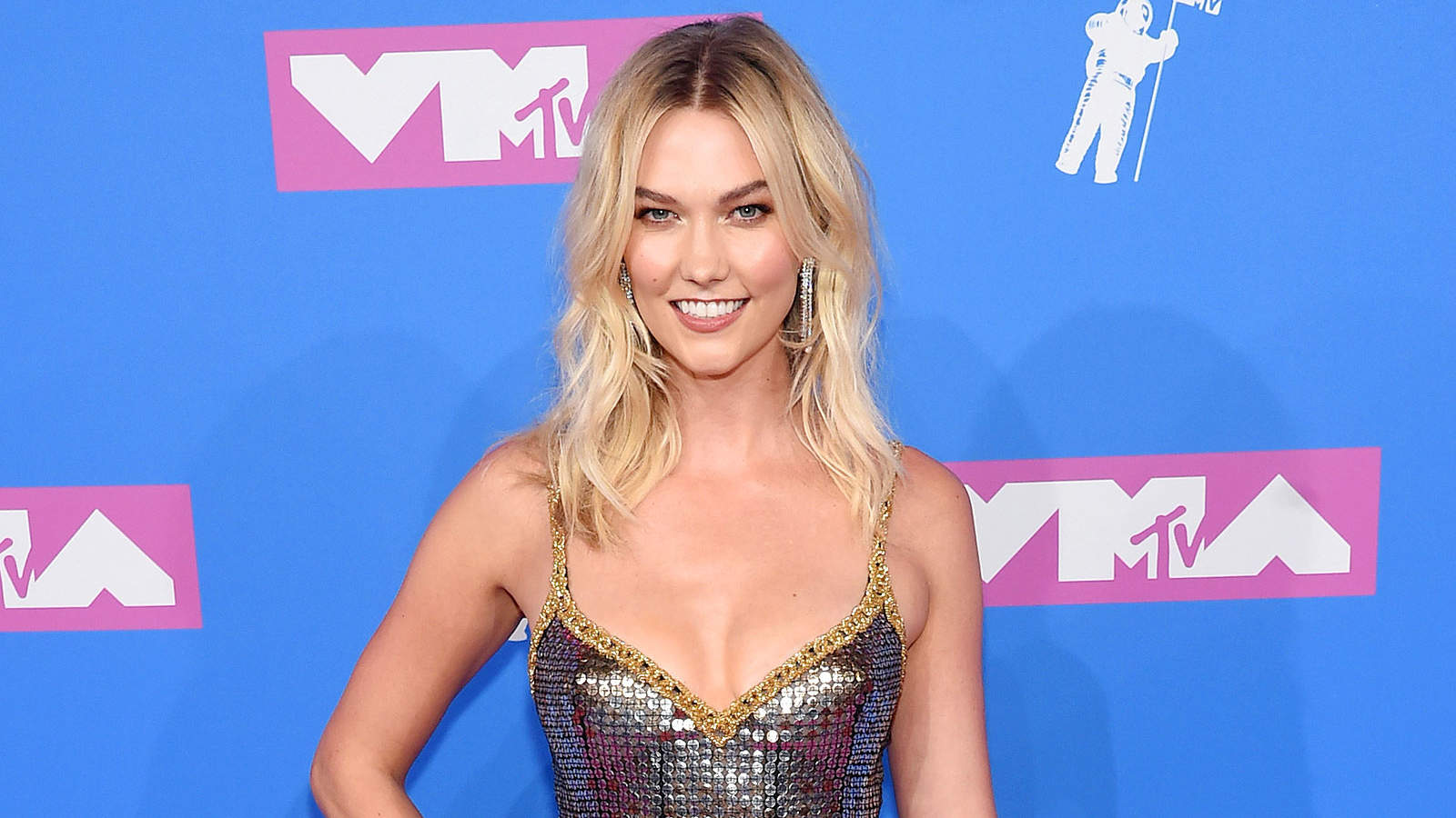 Karlie Kloss Lost Modeling Jobs After Going on Birth Control: 'My Body Became More Womanly'