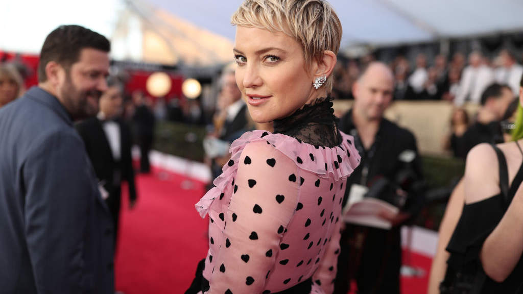Kate Hudson on How Her Third Pregnancy Is Different—from Prenatal Yoga to Morning Sickness