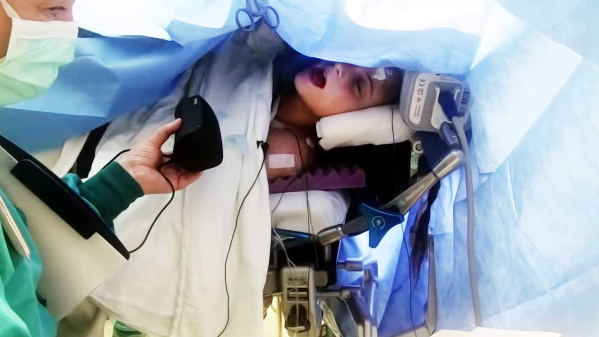 Teen Sings During Brain Surgery to Save Her Musical Abilities
