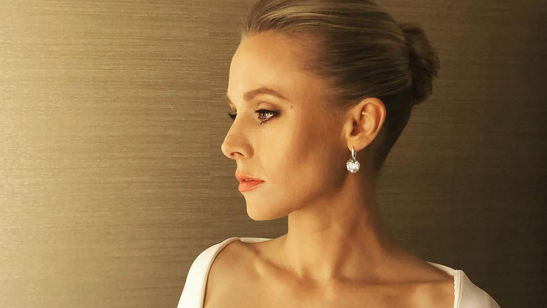 Kristen Bell Sends Inspiring Body Positive Message to Fan: 'I Think Your Face Is Beautiful AF'