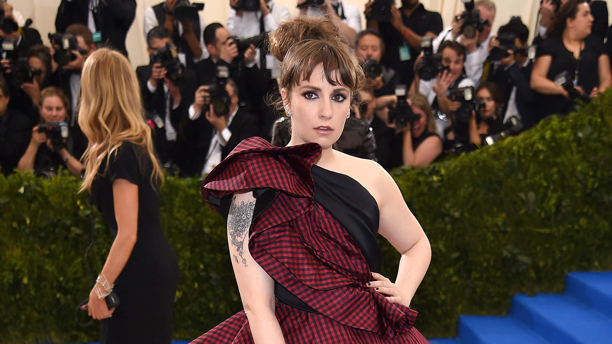 Lena Dunham Rushed to Hospital After Met Gala for Endometriosis Complications, Source Says