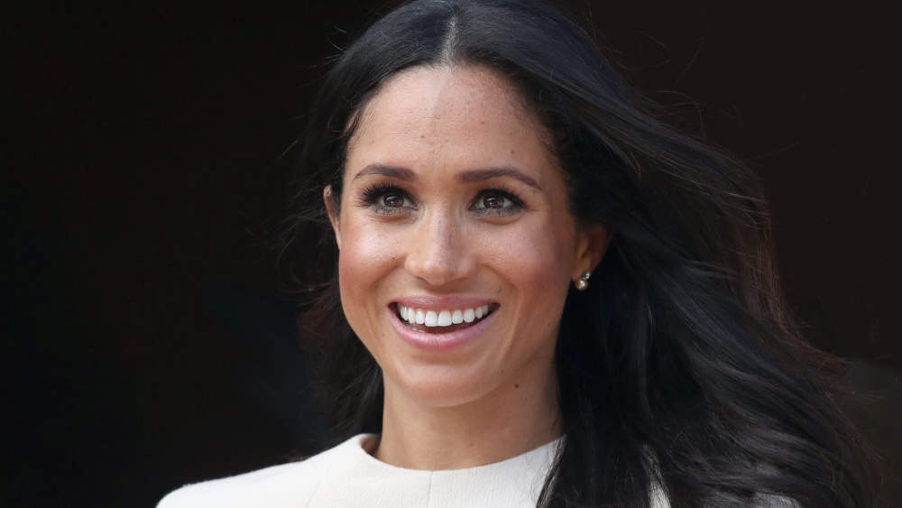 People are Criticizing Meghan Markle Because Her Hair Blew in the Wind—Seriously