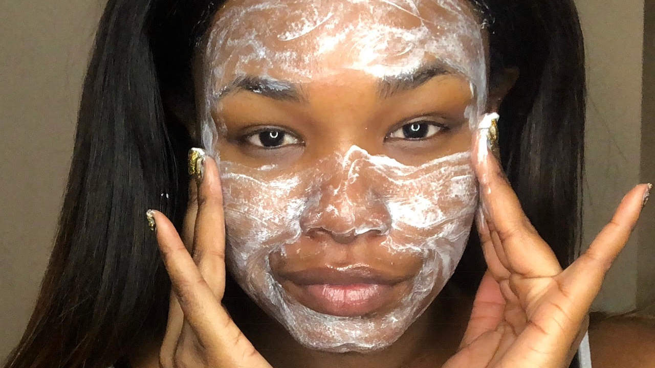 This $5 face cleanser is the only thing that clears up my acne