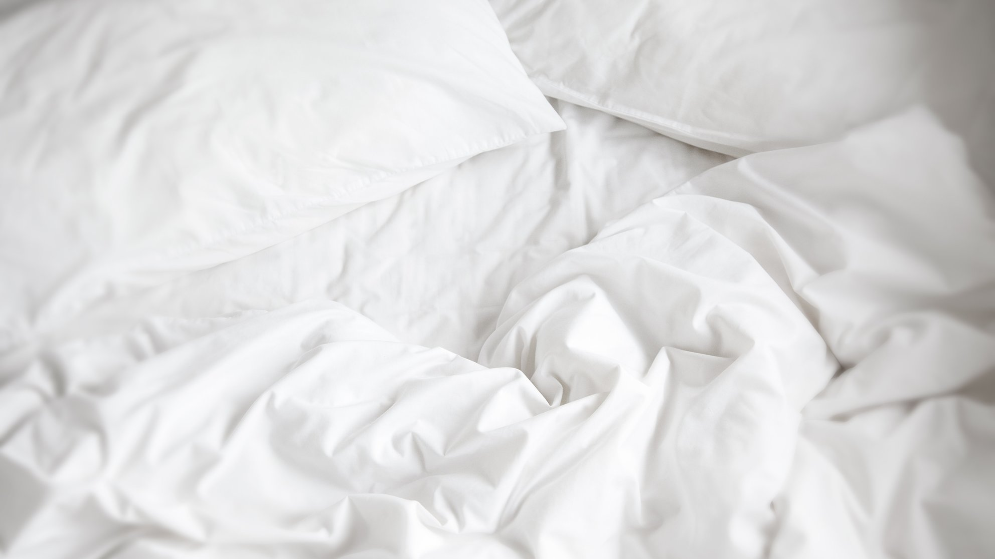 These 7 Strange Therapies Might Solve Your Sleep Problems