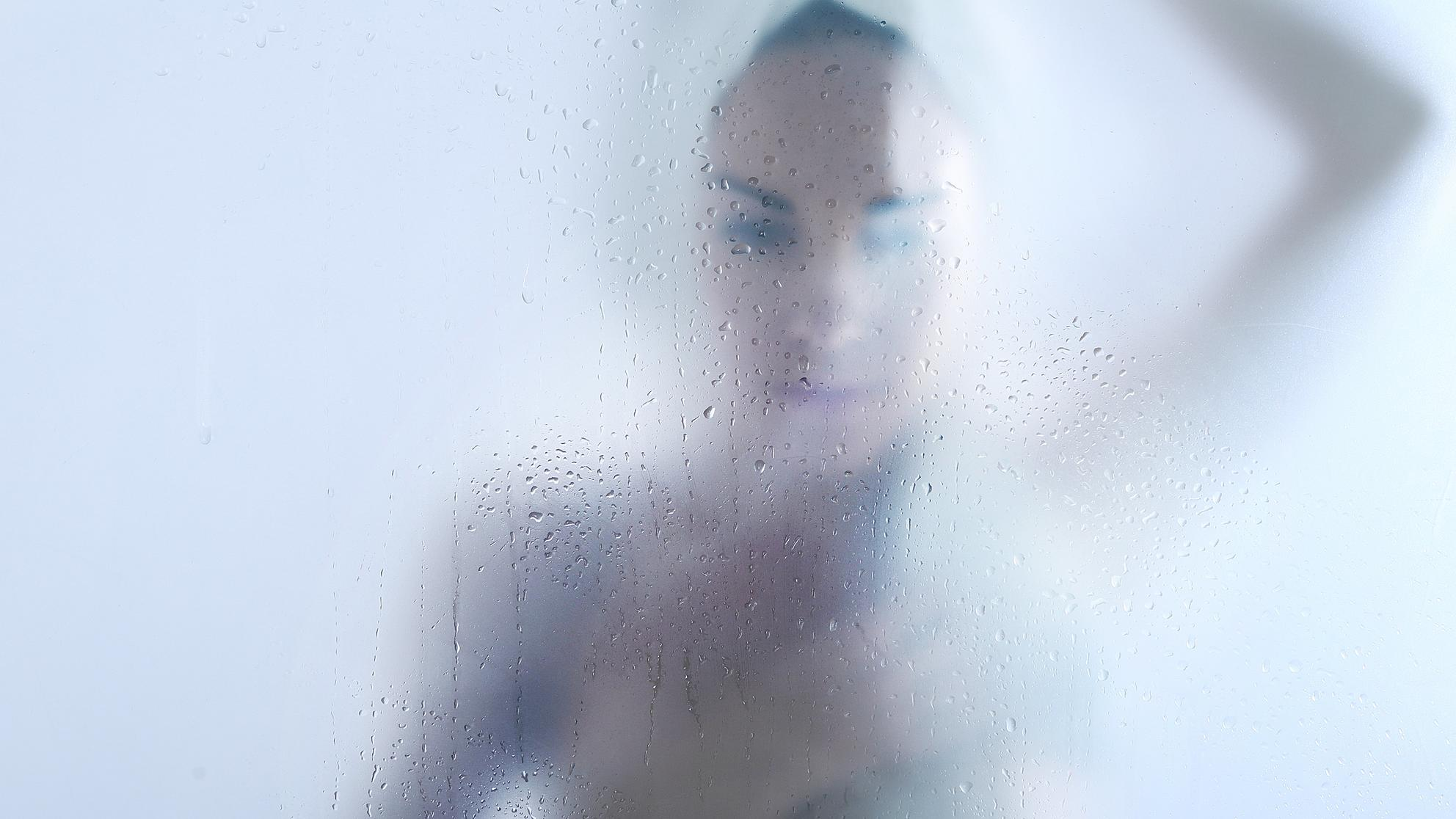 The Surprising Benefit of Showering at Night