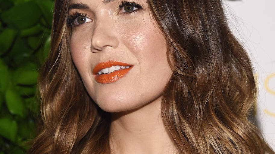 Mandy Moore Loves This Eyeliner So Much, She Didn't Want to Wash It Off