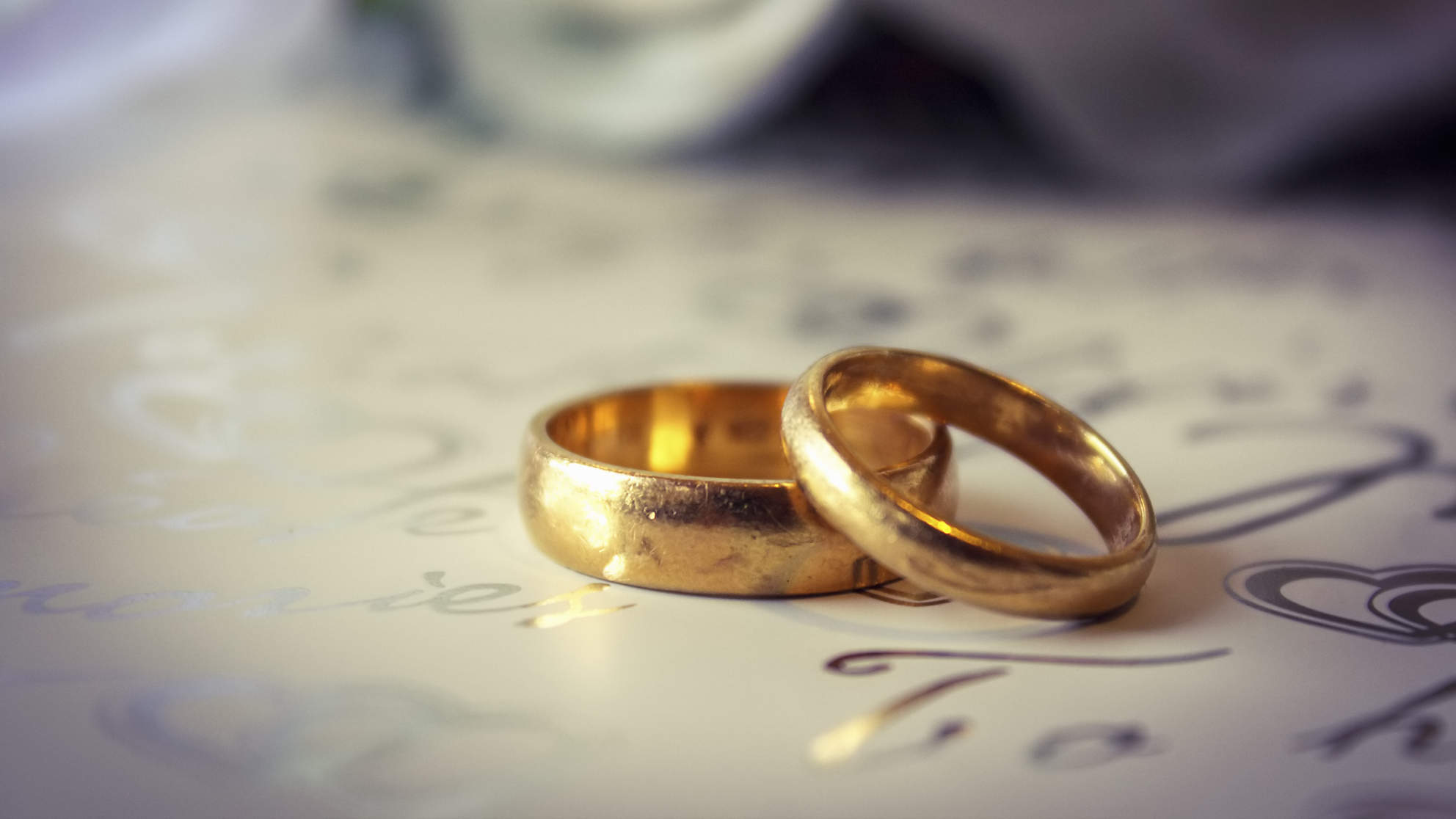 A Good Marriage May Help Keep You Thin, Study Says