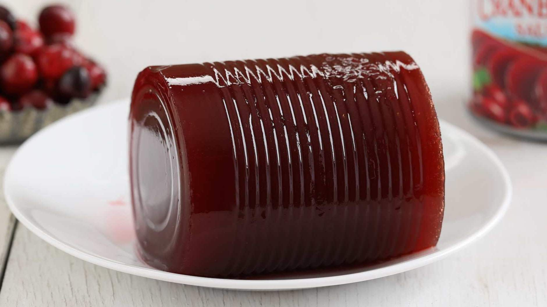 what is in canned cranberry sauce