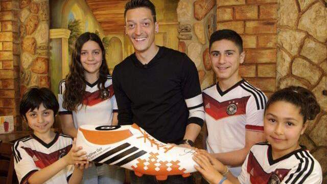 German Soccer Player Donates World Cup Prize Money to Sick Kids in Brazil