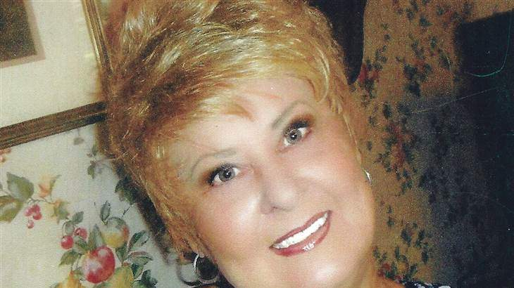 Woman Writes Sassy, Compassionate Obit Before Losing Cancer Battle