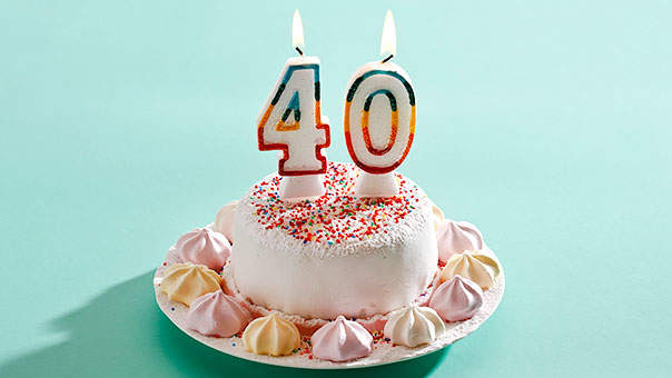 40th-birthday-cake.jpg