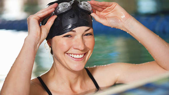 How to Keep Chlorine From Wrecking Your Hair, Skin, and Swimsuit