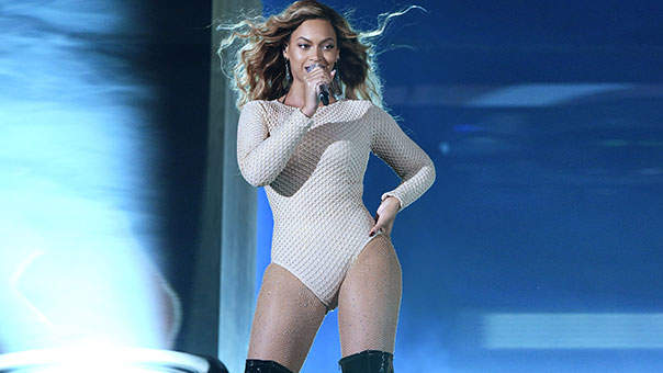 3 Power Moves We Can All Steal From Beyoncé