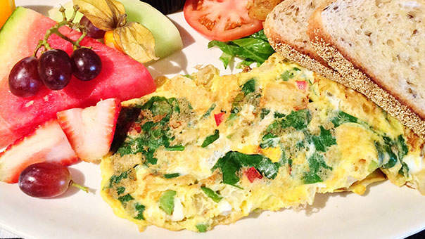 4 Tricks for Ordering a Diet-Friendly Brunch