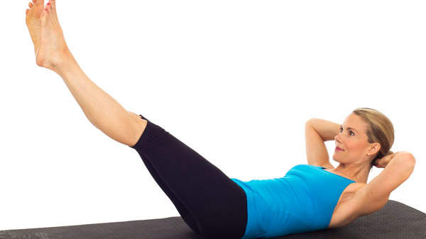 3 Pilates Moves for a Flat Belly