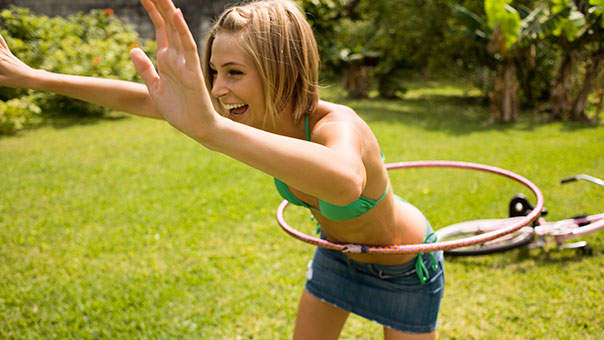 6 Fun Summer Activities That Will Seriously Tone Your Abs