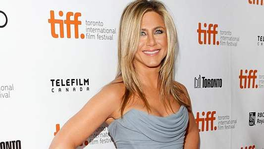 jennifer-aniston-motherhood.jpg
