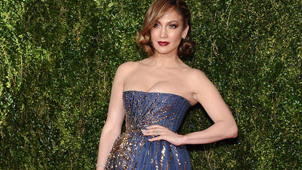 Steal J. Lo's Go-To Move for Awesome Abs