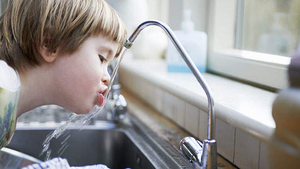 The Lead Poisoning Symptoms Everyone Should Know