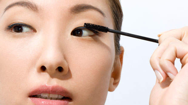 The Mascara Warning You Need to Know About