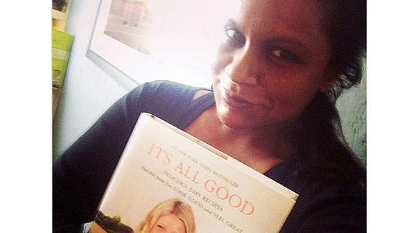 Why Mindy Kaling Is Cooking Her Way Through Gwyneth Paltrow's Cookbook