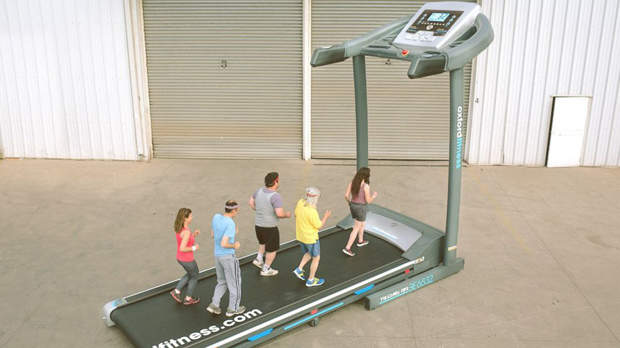 This Massive Treadmill Can Hold 10 Runners at One Time