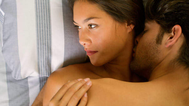 Women Are Less Interested in Sex When They're Hungry, Study Finds