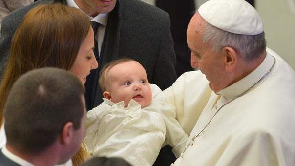 pope-francis-breast-feeding.jpg