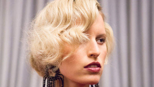 Here's How to Create Retro-Inspired Waves