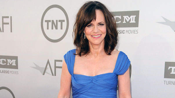 Here's What Sally Field Did After Being Told She Wasn't 'Pretty Enough' to Be a Movie Star