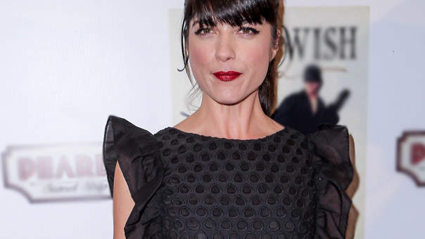 Selma Blair Defends Her Overgrown Gray Roots