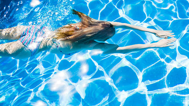 woman-swimming-pool.jpg