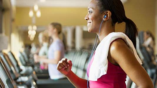 Addicted to Serial? 5 Podcasts to Get You Through Your Next Workout
