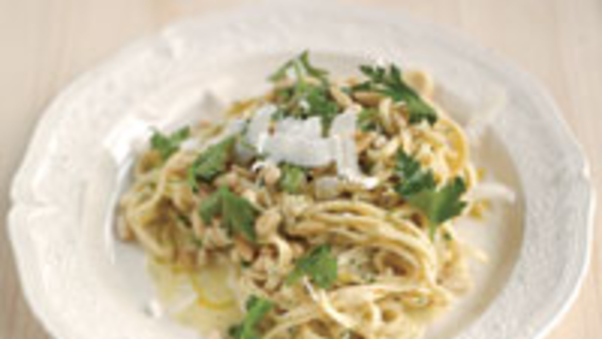 Jamie Oliver's Easy Summer Pasta Has Less Than 500 Calories