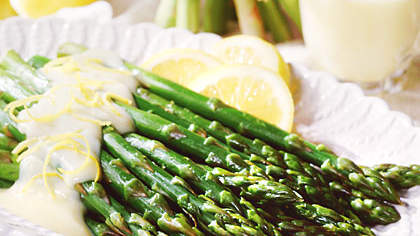 Asparagus with Mock Hollandaise Sauce