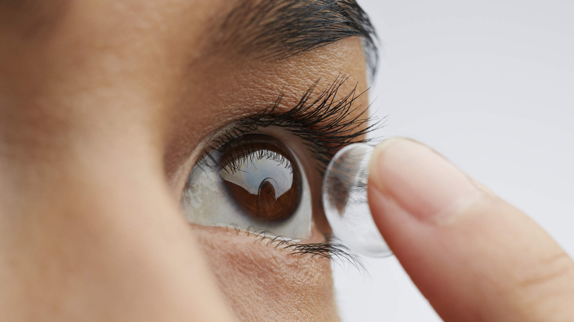 There's an Outbreak of This Rare Eye Infection in UK Contact Wearers