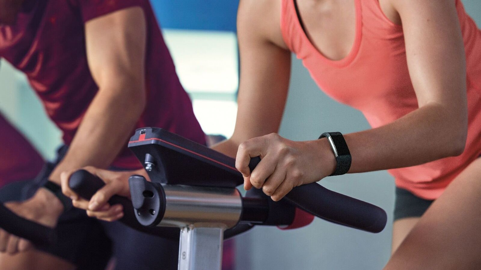 First Look: The New Fitbit Charge 2 and Flex 2