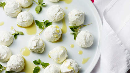fresh-yogurt-cheese-Labneh