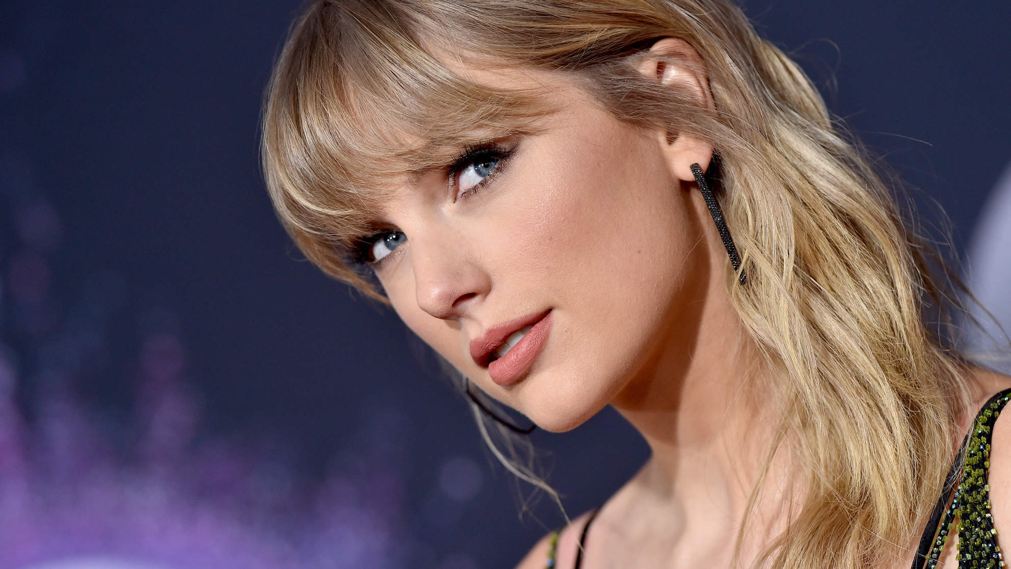 Taylor Swift Hairstyle Trends 2020