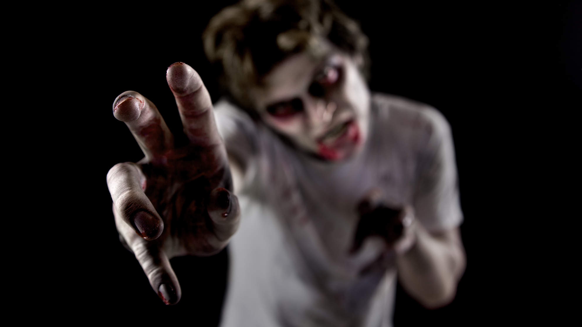 zombie-horror-halloween-fear