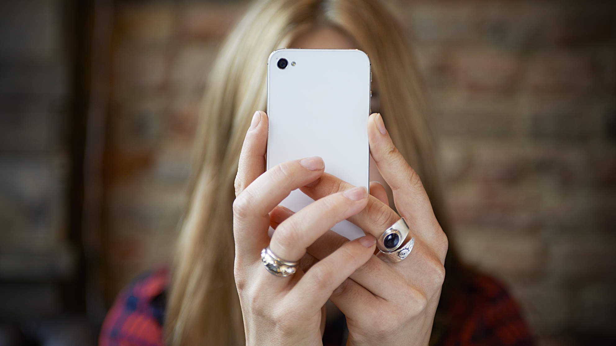 7 Scary Things You Never New About Cell Phone Addiction - Health