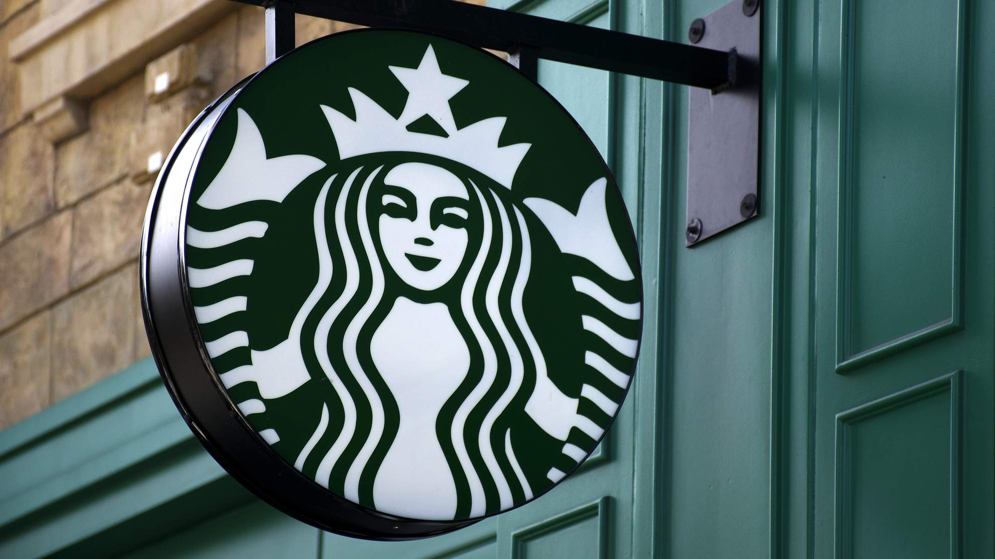 starbucks-logo-sign