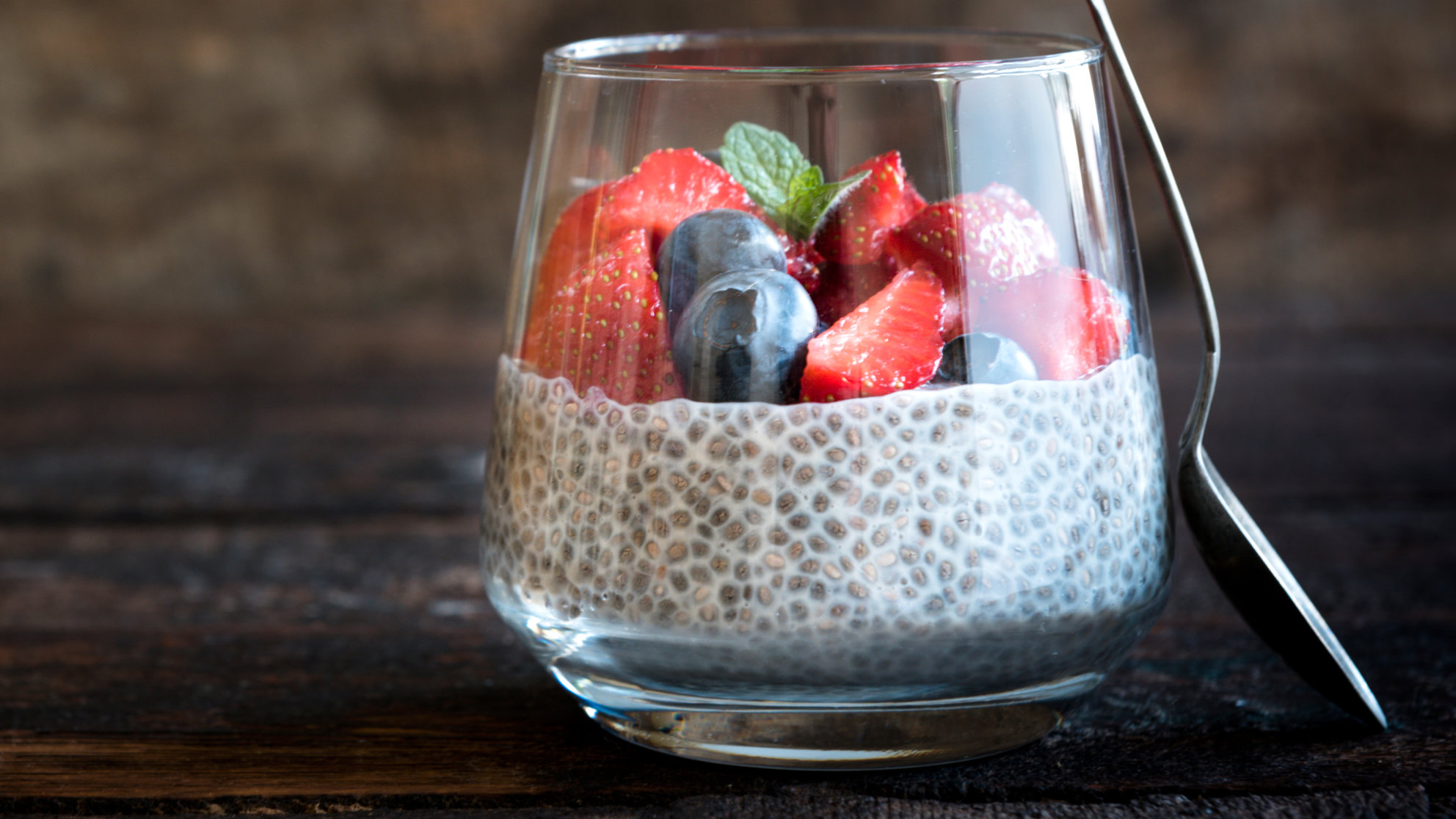 post-party-detox-chia-pudding