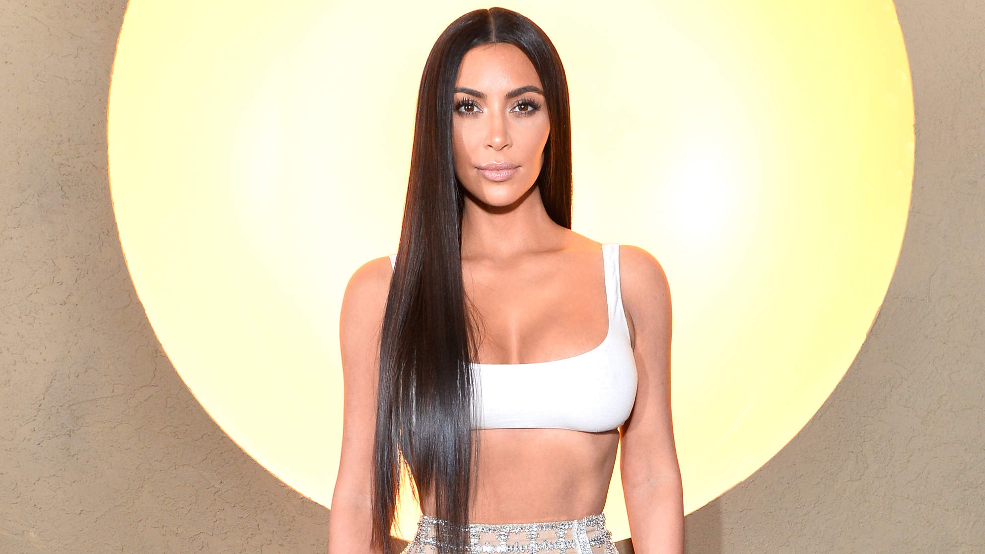 Kim Kardashian Shared Her Latest Workout on Snapchat—and It's Perfect for Toning Your Abs