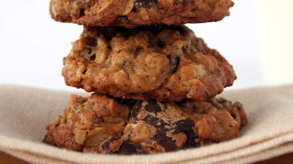 oatmeal-date-chocolate-cookies