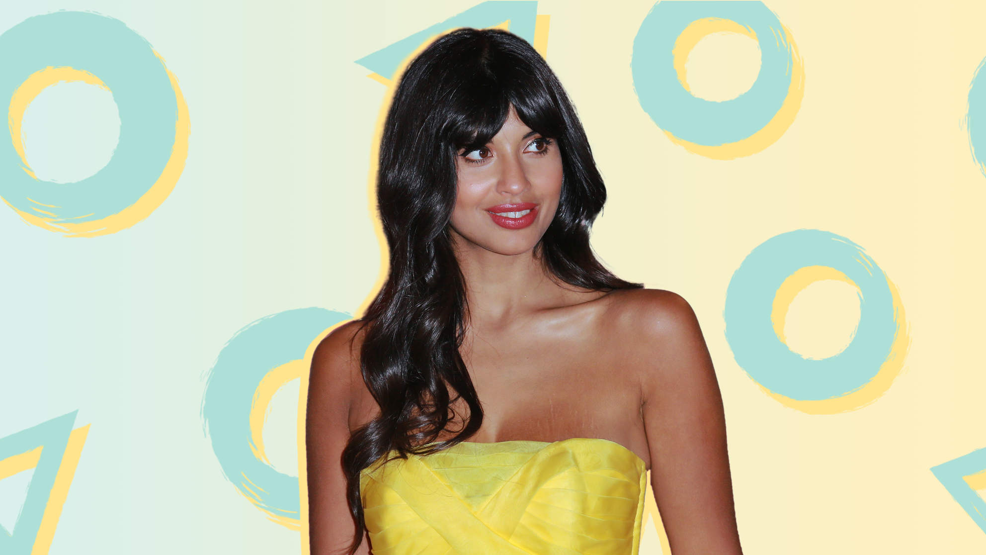 Jameela Jamil Just Zoomed In on Her 'Back Fat' to Make a Big Point About Photoshopping