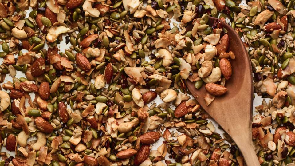keto-recipe-breakfast-granola