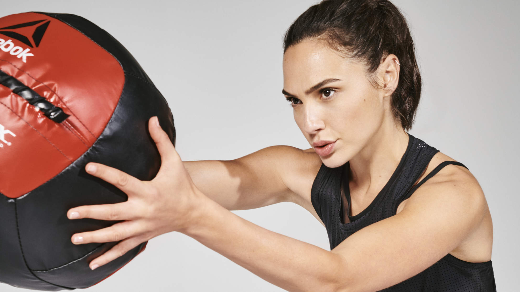 Gal Gadot medicine ball Reebok Ambassador fitness exercise workout wonder woman