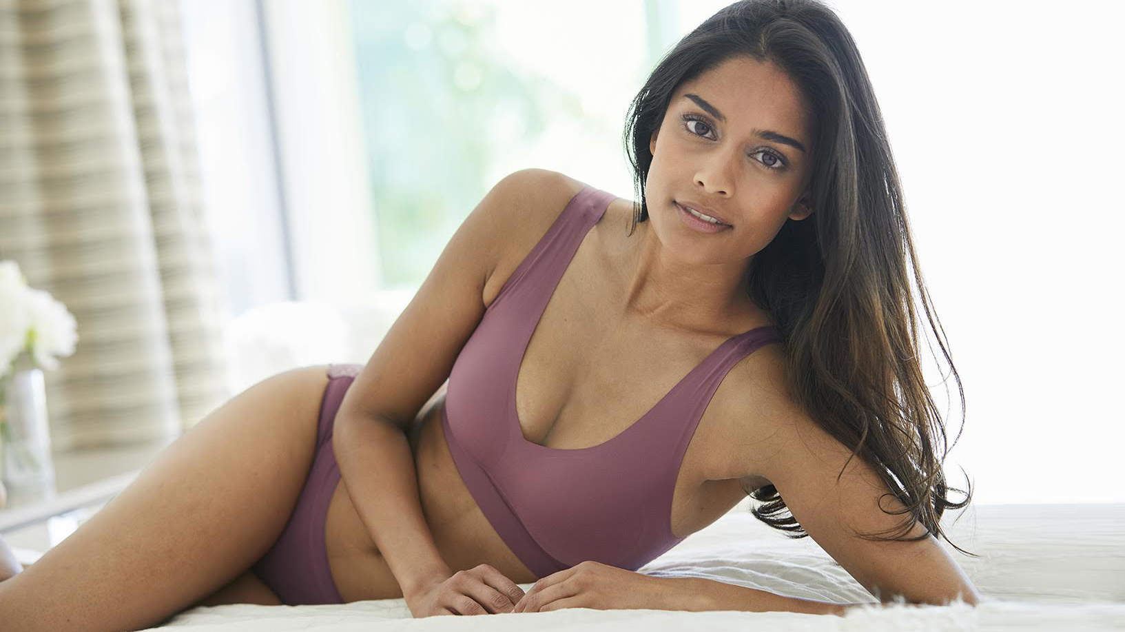 I Never Liked Wearing Bras—Until I Found This Ridiculously Comfortable Seamless Bralette