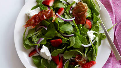 strawberry-and-arugula-salad